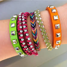 make friendship bracelet with beads images The diy fishtail friendship bracelet hey wanderer jpg