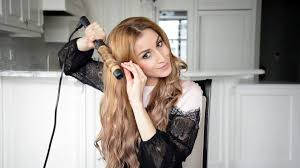 beachy waves hairstyle for everyday using a curling fancy