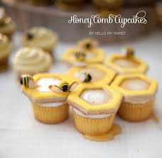 bumble bee cupcakes sweet ideas bumblebee honey comb bee hive cupcakes