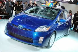 world auto toyota new 2010 toyota prius hybrid unveiled in detroit it u0027s your auto