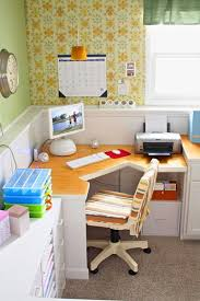 Office Desks For Small Spaces 30 Corner Office Designs And Space Saving Furniture Placement Ideas
