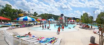 Six Flags Georgia Water Park 8 Awesome Water Parks In Georgia To Stay Cool This Summer