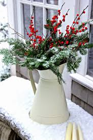 Outdoor Christmas Decoration Ideas by Best 20 Christmas Greenery Ideas On Pinterest Farmhouse Holiday