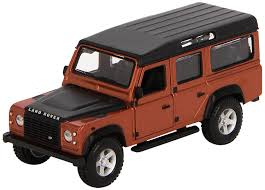 new land rover defender 110 bburago 1 32 street fire land rover defender 110 amazon co uk