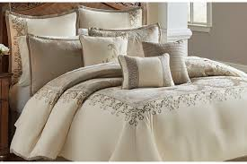 10 king comforter set bob s discount furniture
