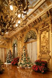 photos of homes decorated for christmas 75 best christmas at the newport mansions images on pinterest