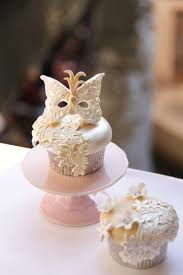 hochzeitstorte cupcakes mask inspired cupcakes cupcakes gallery