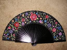 Large Oriental Wall Fans by 197 Best Beautiful Hand Fans Images On Pinterest Hand Fans
