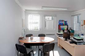 bureau préfabriqué location de bureau mobile accueillant 1 à 15 personnes portakabin fr