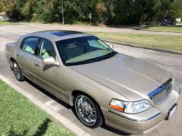 Lincoln Town Car Pictures Lincoln Town Car Page 2 View All Lincoln Town Car At Cardomain