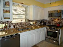 Marble Backsplash Kitchen by Backsplash For White Cabinets And Marble Countertops Carrera