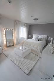 miroir pour chambre adulte une chambre cocooning violet taupe blanc beige miroir http