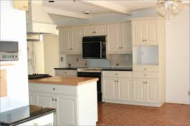 wainscoting kitchen backsplash wainscoting ideas for kitchens new wainscoting kitchen backsplash