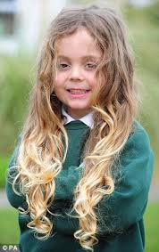 back of joelle carters hair rean carter has had his first hair cut five years after being