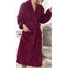 robe de chambre femme velours tout ce qu il faut savoir sur le peignoir violet femme lepeignoir fr