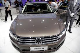 volkswagen phaeton 2016 volkswagen challenges sister brand audi with new china only model