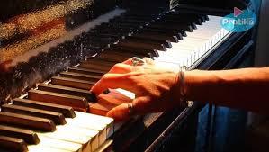 Comment Choisir Un Piano Piano Comment Bien Positionner Les Doigts Pour Faire Un Arpège