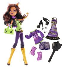 monster high doll with fashion clawdeen wolf toys