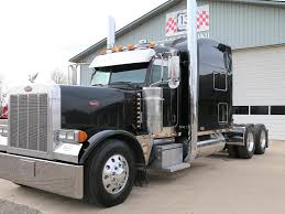 used peterbilt trucks used 2007 peterbilt 379exhd tandem axle sleeper for sale in mi 1005