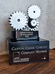 canyon creek cabinet company manufacturing excellence award canyon creek cabinet company