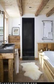 Rustic Modern Bathroom A Rustic And Modern Bathroom Desiretoinspire Net Bathroom