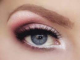 maquillage mariage yeux bleu 25 best ideas about maquillage des yeux bleus on yeux