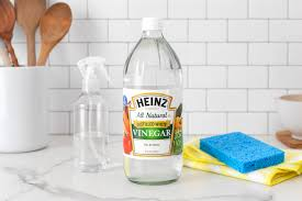 what s the best way to clean white kitchen cabinets how does vinegar work for cleaning kitchn