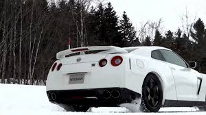 nissan gtr all wheel drive nissan cars news 2013 gt r u0027s performance in the snow test