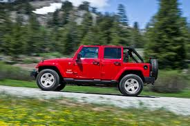 jeep wrangler or jeep wrangler unlimited 2013 jeep wrangler unlimited overview cars com