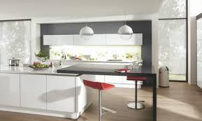 cuisine contemporaine en bois déco cuisine contemporaine italienne design 97 metz cuisine