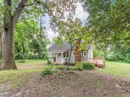 Carolina Cottages Hendersonville Nc by 423 Algeria Street In Hendersonville North Carolina 28792 Mls