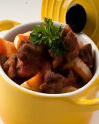 cuisiner du jarret de boeuf cocotte de bœuf et fenouil pour 4 personnes recettes à table