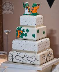 themed wedding cakes gator themed wedding cake bearkery bakery