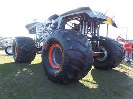 monster truck show florida monster trucks are rolling into central florida again 2 boys 1
