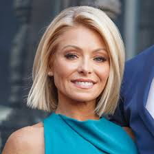 hair color kelly ripa uses kelly ripa returns to live for the first time since michael