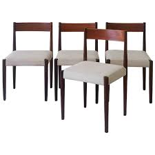 Set Of Teak Dining Table Set Of Four Poul Volther Frem Rojle Danish Teak Dining Chairs At