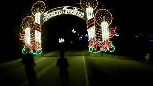tanglewood christmas lights nc 1 1 13 tanglewood park s running of the lights 5 5k youtube