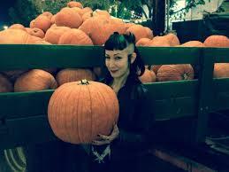 spirit halloween culver city halloween events for year round weirdos