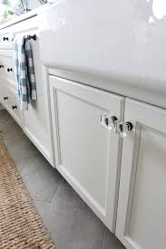 Knobs For Kitchen Cabinets How To Mix U0026 Match Kitchen Hardware Finishes U0026 Styles The