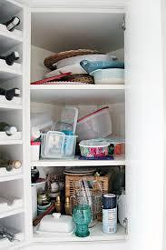 cheap ways to organize kitchen cabinets upper corner kitchen cabinet organization ideas erikaemeren