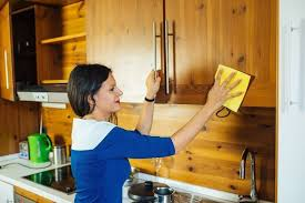 how to clean wood kitchen cabinets best way to clean wood kitchen cabinets page 6 line 17qq