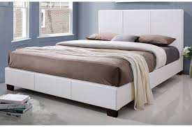 kelsey queen white upholstered bed bob u0027s discount furniture