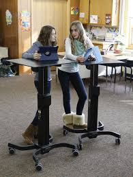 Stand Up At Desk by Standing Desks For Students Using Standing Desks For