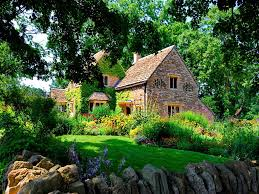 35 best forestscene images on pinterest blurb book desktop view this great cottage exterior of home with natural stone exterior wall discover browse thousands of other home design ideas on zillow digs