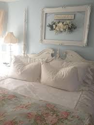 Shabby Chic Bedroom Wall Decor Ideas