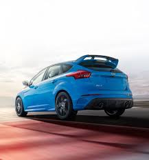 ford focus features 2017 ford focus sedan hatchback features ford com