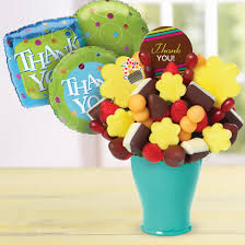 edible gift baskets edible arrangements fruit baskets chocolate covered strawberries