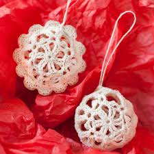 lace crochet christmas ornaments free pattern petals to picots
