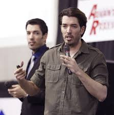 Drew And Jonathan Scott Tanger Outlets To Host Hgtv U0027s U0027property Brothers U0027 At Grand Opening