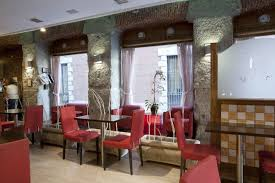Low Cost Restaurant Interior Design Low Cost Hotels In Madrid Plaza Mayor Hotel The Information You